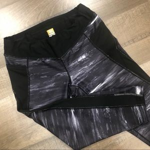 Lucy Cropped Leggings